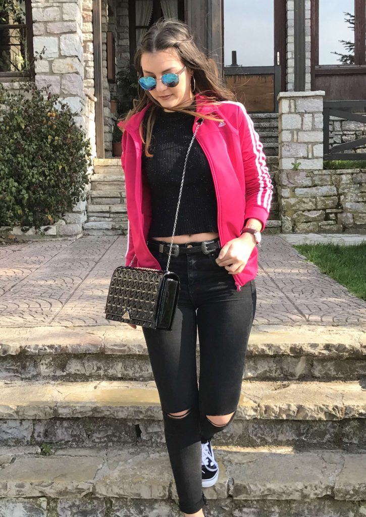 effortless sporty chic outfit