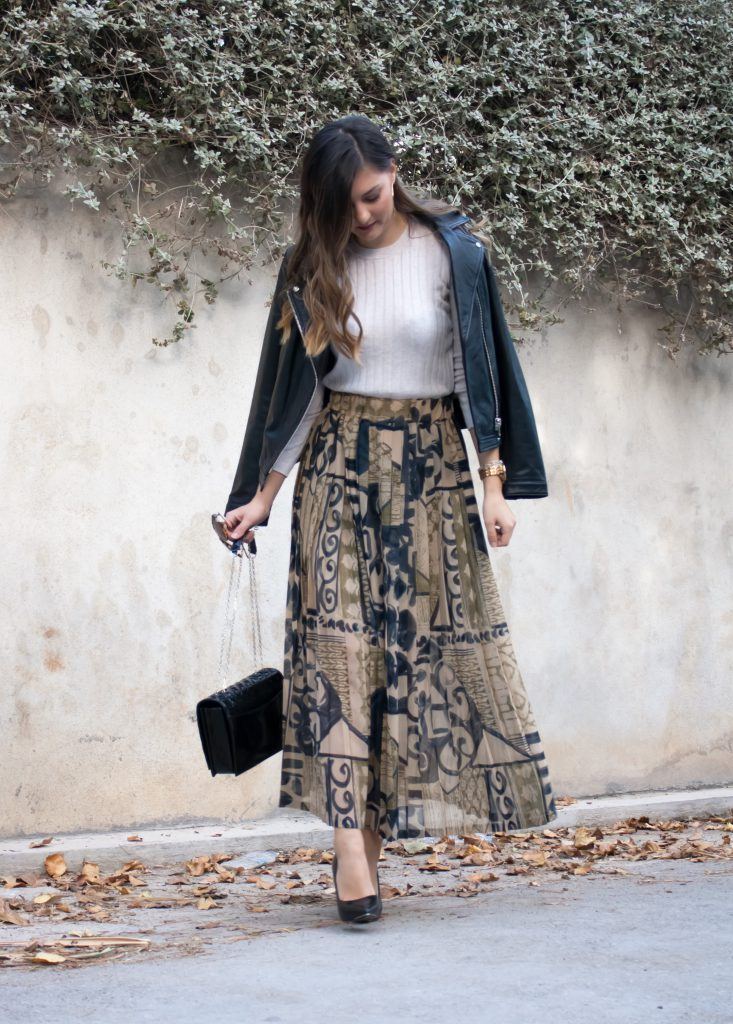 vintage skirt casual outfit